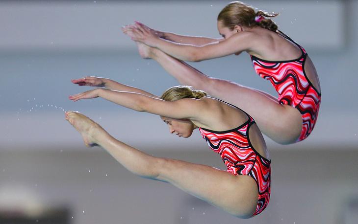 Россиянки Екатерина Петухова и Юлия Тимошинина завоевали золотые медали в синхронных прыжках в воду с вышки