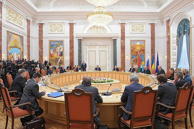 Встреча глав государств Таможенного союза с Президентом Украины Петром Порошенко в присутствии представителей Европейского союза.