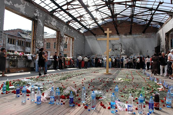 Траурные мероприятия во вторую годовщину трагедии в бесланской школе, 1 сентября 2006 года