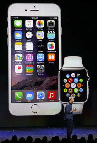 9 сентября 2014 года американская корпорация Apple провела презентацию, в ходе которой представила новинки: iPhone, Apple Watch и iOS 8
