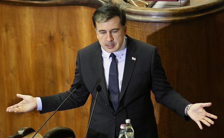 14 августа 2014 года Главпрокуратура приняла постановление об объявлении Михаила Саакашвили во внутригосударственный розыск, заявив, что в случае пересечения экс-президентом госграницы Грузии он будет арестован. На фото: Михаил Саакашвили во время выступления в парламенте, Тбилиси, 2012 год