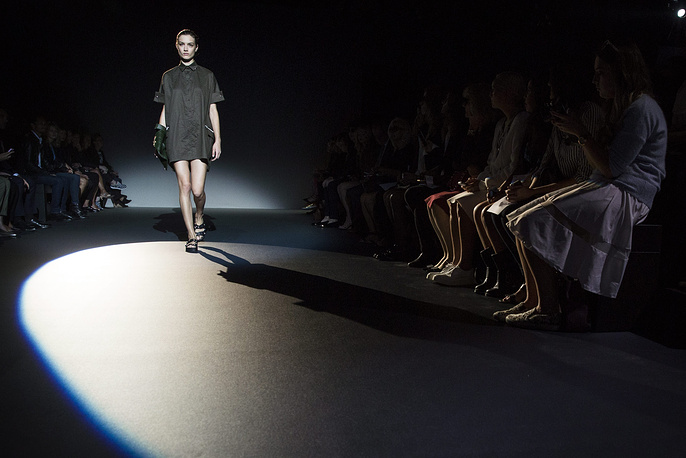 Дефиле коллекции российского дизайнера Ольги Сорокиной для французского модного дома Irfe