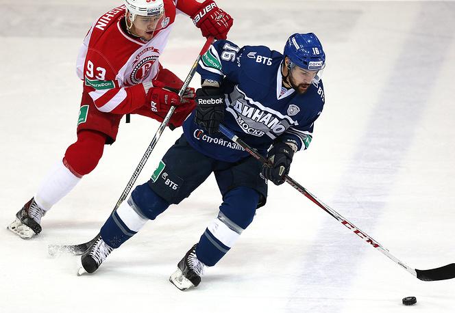 Алексей Гришин (слева) против Каспарса Даугавиньша