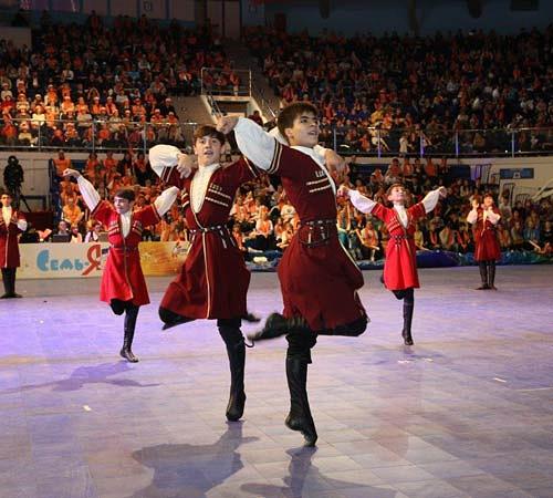 Выступление артистов из Северной Осетии-Алании