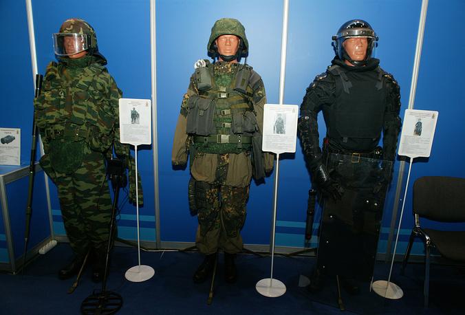 Экипировки военнослужащего сапера, военнослужащего подразделения оперативного назначения и военнослужащего специального моторизированного подразделения