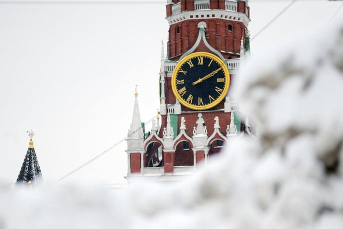 Куранты на Спасской башне Кремля