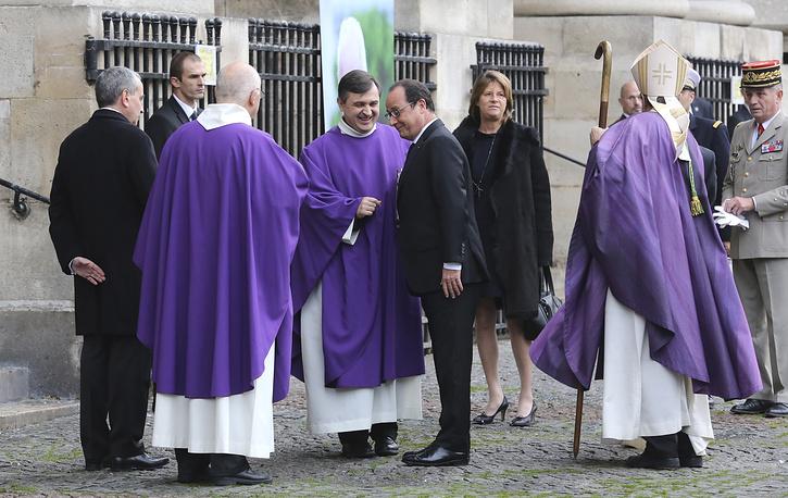 Отдать дань памяти Кристофу де Маржери пришел президент Франции Франсуа Олланд