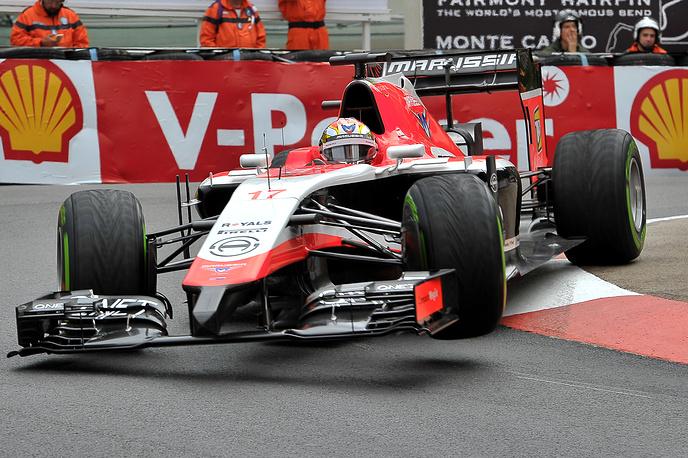 """Болид """"Маруси"""" на трассе на Гран-при Монако"""