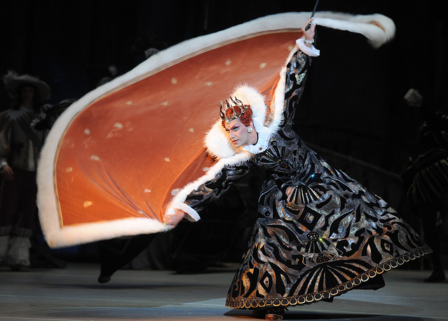 """Николай Цискаридзе в сцене из балета """"Спящая красавица"""" в Большом театре в Москве, 2011 год"""