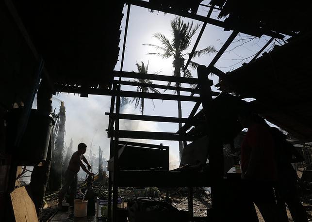 Устранение последствий тайфуна на острове Самар
