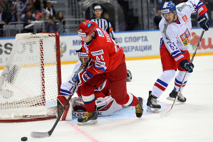 Россияне атакуют ворота сборной Чехии