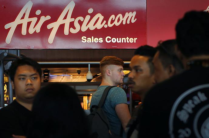 Связь с самолетом Airbus А320-200, выполнявшим рейс в Сингапур, пропала через 42 минуты после вылета из индонезийского города Сурабая