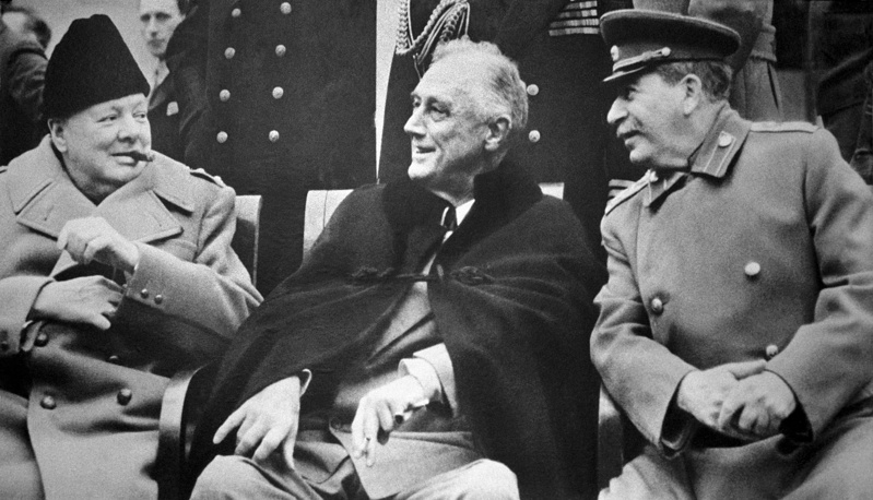 Уинстон Черчилль, Франклин Рузвельт и Иосиф Сталин. 1945 год