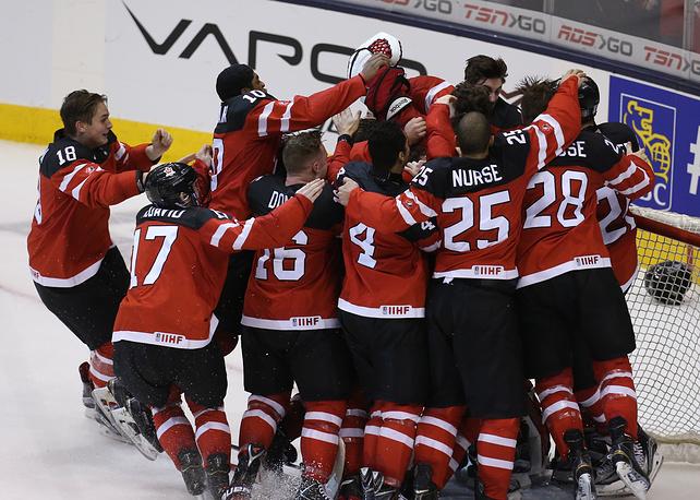 Канадцы радуются золотым медалям