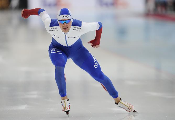 Денис Юсков, занявший первое место на дистанции 1500 метров