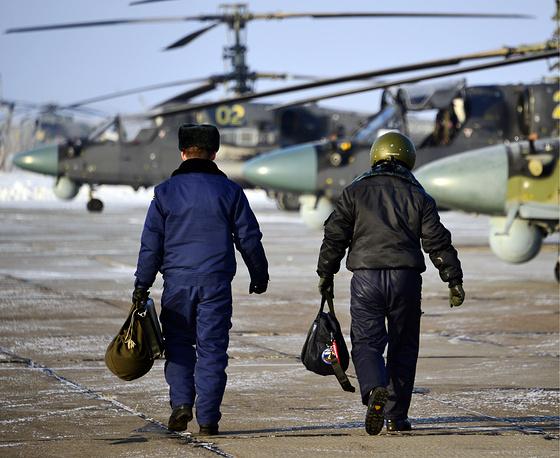 Пилоты перед стартом тренировочных полетов