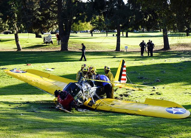 6 марта 2015 года одномоторный самолет голливудского актера Харрисона Форда упал на поле для игры в гольф в пригороде Лос-Анджелеса