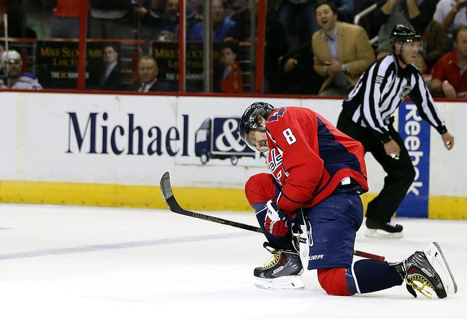 """Забросив в игре с """"Рейнджерс"""" 45-ю шайбу в сезоне, Овечкин стал пятым игроком в истории НХЛ, кто смог забить 45 и более голов в семи сезонах"""