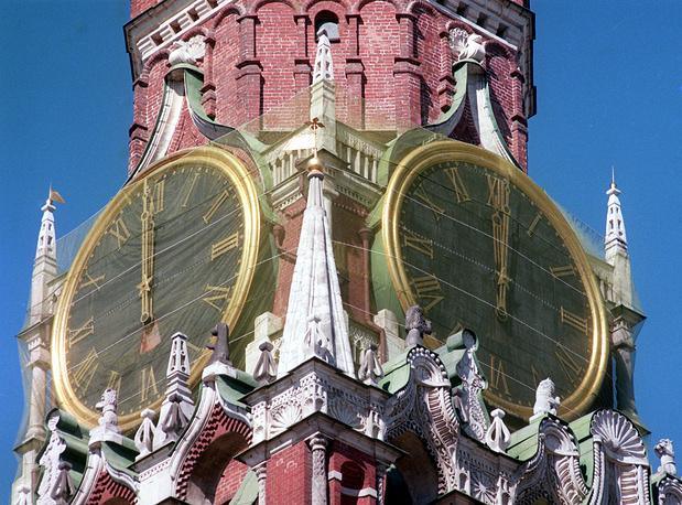Реставрация Кремлевских курантов, 1999