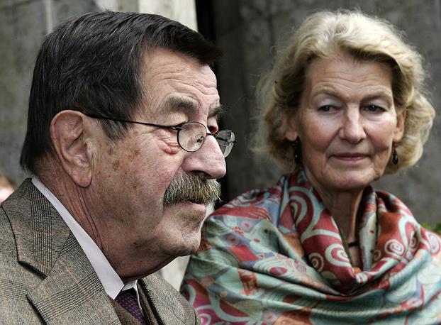 Писатель Гюнтер Грасс с женой Уте Грасс в Любеке, 2007 год