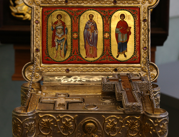 Ковчег с мощами святого Георгия Победоносца