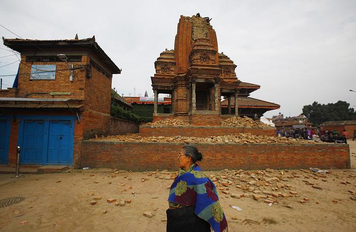 Комплекс разрушенных памятников на площади Дурбар в городе Бхактапур, расположенном к востоку от Катманду