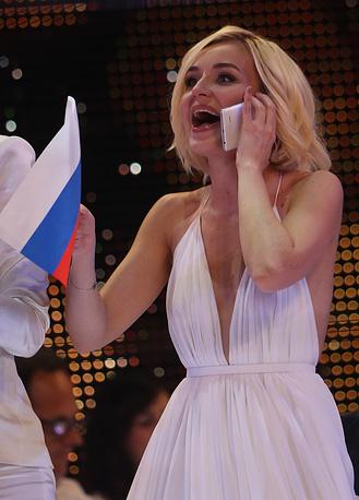 Певица также поблагодарила своих поклонников за поддержку в полуфинале