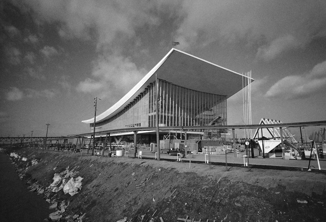 """После выставки советский павильон (на фото) заново смонтировали на территории ВДНХ. Он известен под названием павильон """"Москва"""""""