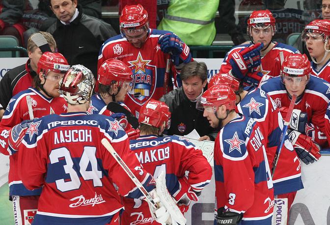 Впервые в качестве главного тренера Быков выступил в ЦСКА. Он проработал в московском клубе с 2004 по 2009 год