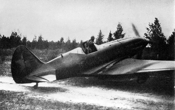 """МиГ-1 - """"истребитель Микояна и Гуревича первый"""", он же """"истребитель двухсотый"""" И-200"""