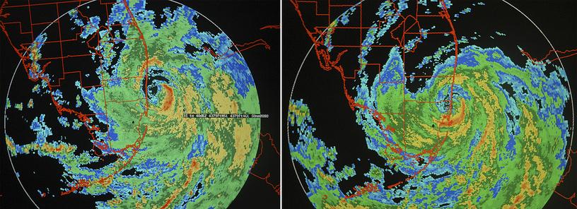 """Слева изображение с радара показывает центр урагана """"Катрина"""" в 10 милях от Форт-Лодердейл, приблизительно 18:00, 25 августа; справа - ураган обрушился на пляж Халландэйл и северное побережье Майами около 18:30 вечера того же дня"""