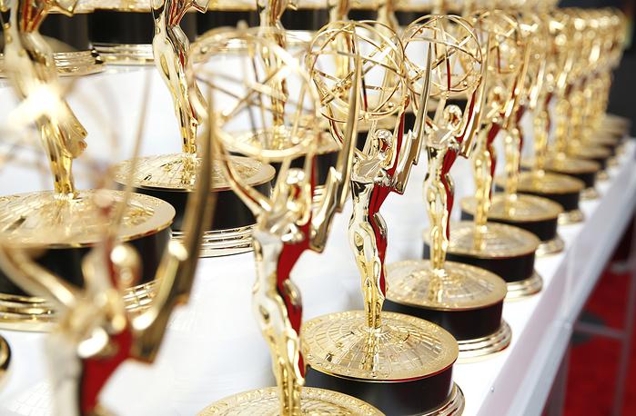 """Рекордсменом по числу премий за всю историю прайм-таймовых """"Эмми"""" является телеканал NBC (1022 статуэтки)"""