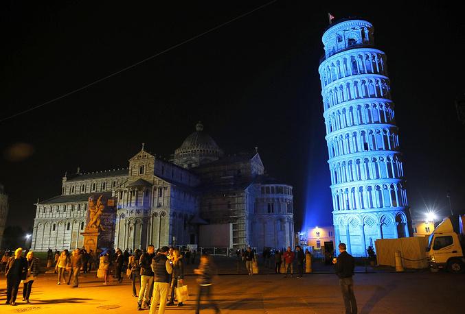 Пизанская башня, Пиза, Италия