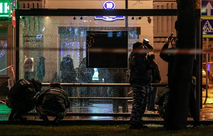Место взрыва на автобусной остановке на улице Покровка
