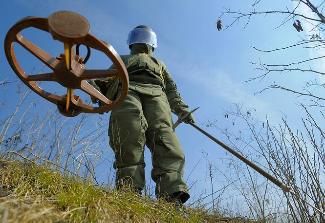 Очистка и разминирование от боеприпасов времен Великой Отечественной войны на территории Мамаева кургана, 2015 год