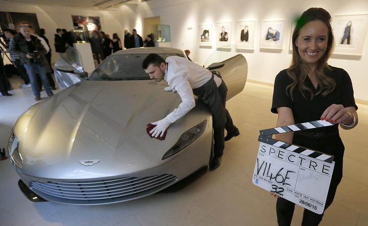 """Автомобиль Aston Martin DB10, относящийся к серии, разработанной инженерами Aston Martin специально для фильма """"007: Спектр"""""""