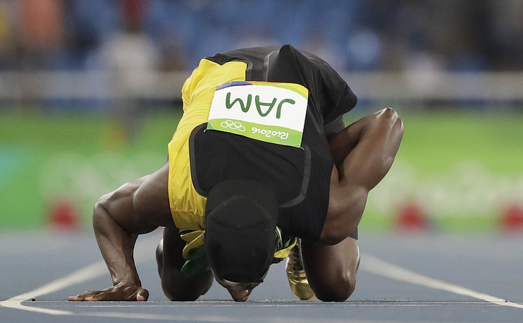 Болт стал девятикратным олимпийским чемпионом