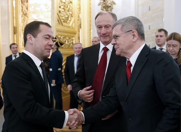 Премьер-министр РФ Дмитрий Медведев, секретарь Совета безопасности РФ Николай Патрушев и генеральный прокурор РФ Юрий Чайка