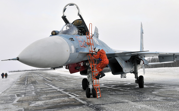 Летчик палубного истребителя Су-33