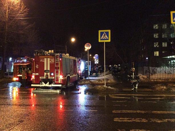 Потушен пожар вобщежитии медработников навостоке столицы, спасены 5 человек