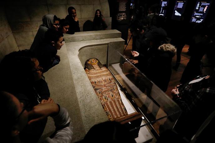 Саркофаг из Египта, приблизительно 525–343 года н. э.