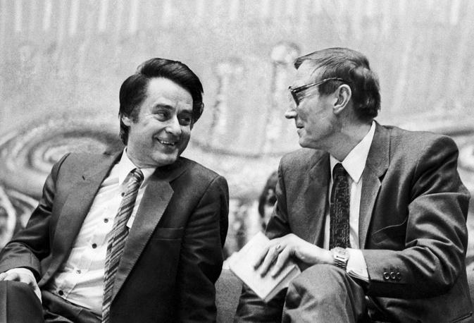 Андрей Дементьев и Евгений Евтушенко, 1983 год