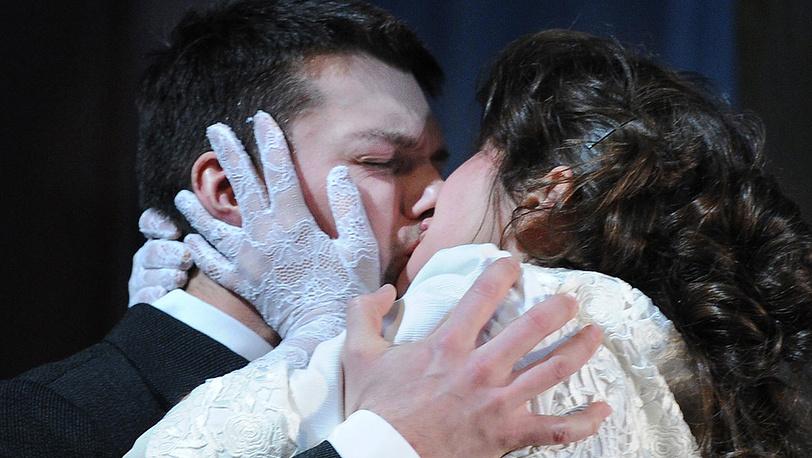 Даниил Страхов (Камышев) и Марина Дубкова (Ольга)