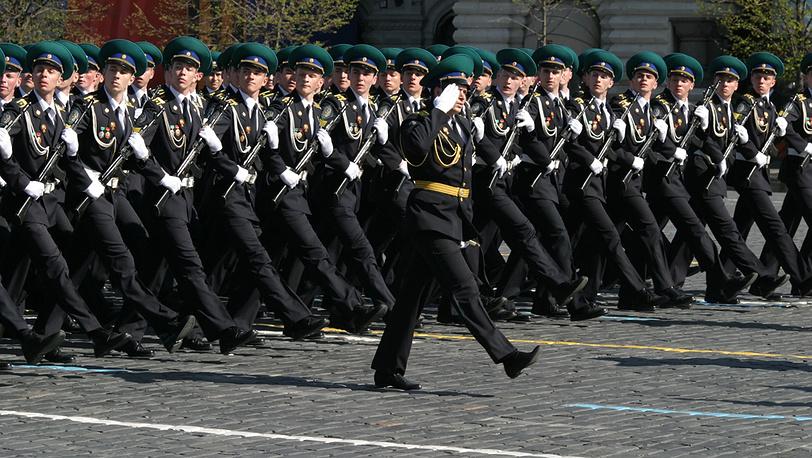 Прохождение войск парадным строем на Параде Победы