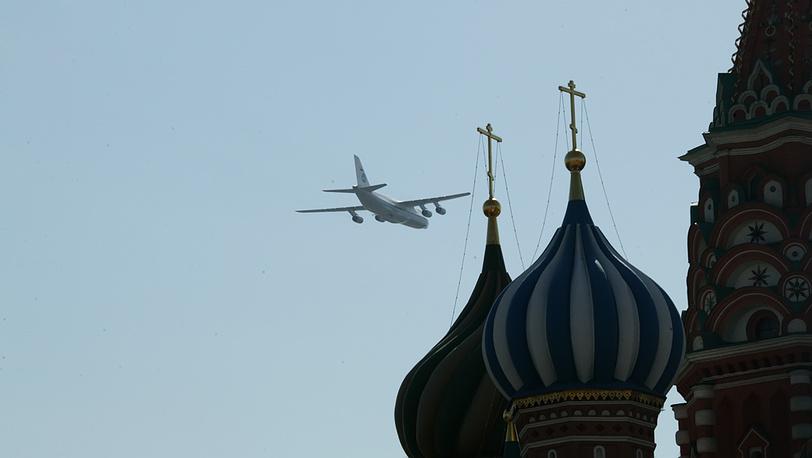 Ан-124, тяжёлый дальний транспортный самолёт