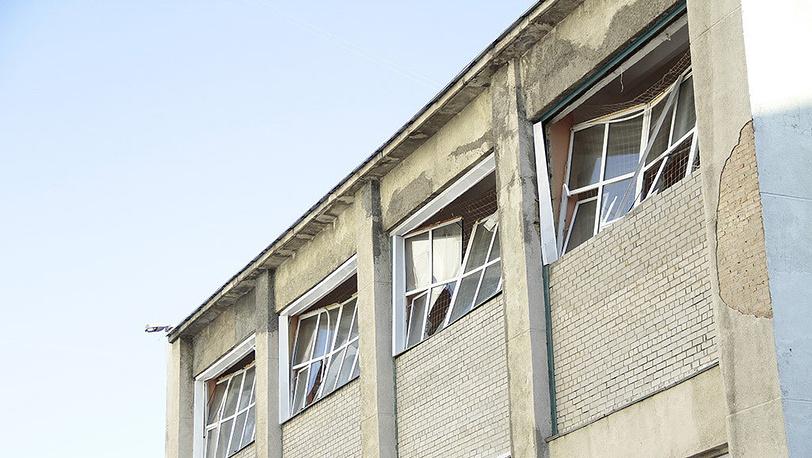 Выбитые стекла. Фото ИТАР-ТАСС/ Евгений Емельдинов