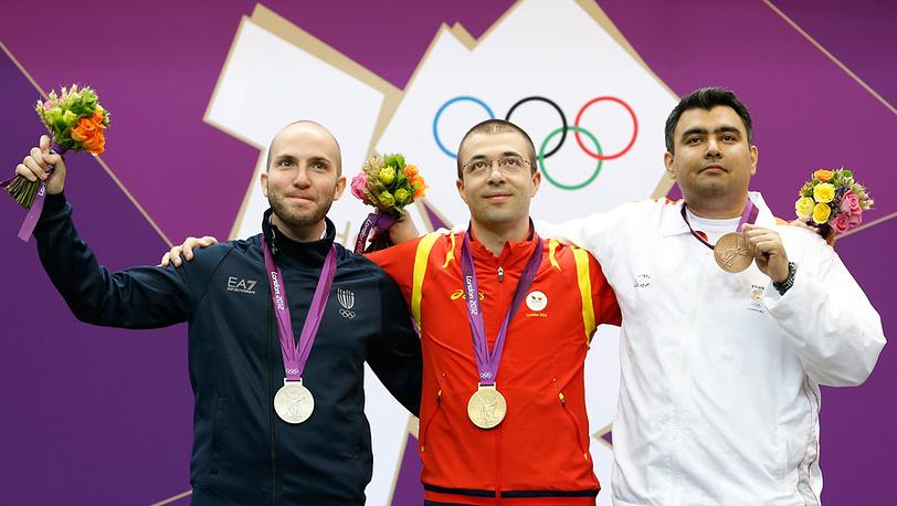 Никола Камприани, Алин Молдовану и Гаган Наранг (слева направо)