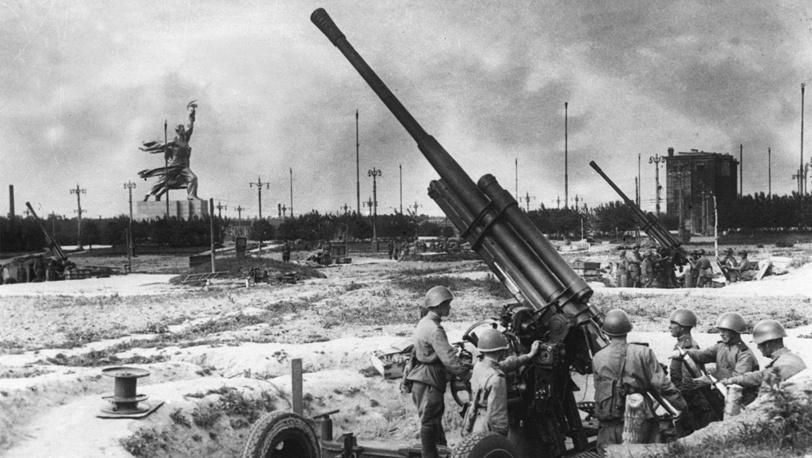 Зенитная батарея на территории ВСХВ в годы Великой Отечественной войны