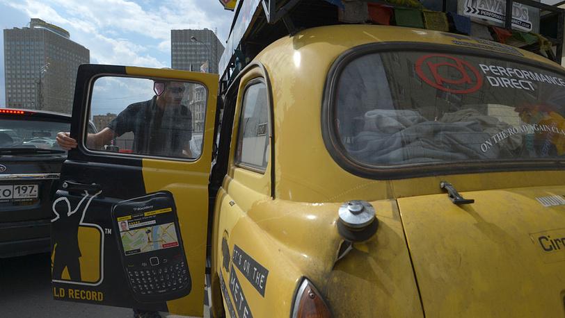 Участник кругосветного автопробега из Лондона «Такси вокруг света» Джон Эллисон