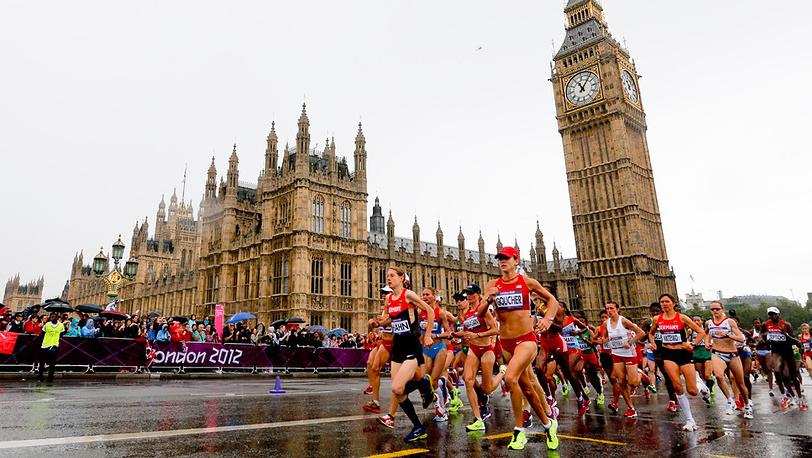 Участницы женского марафона